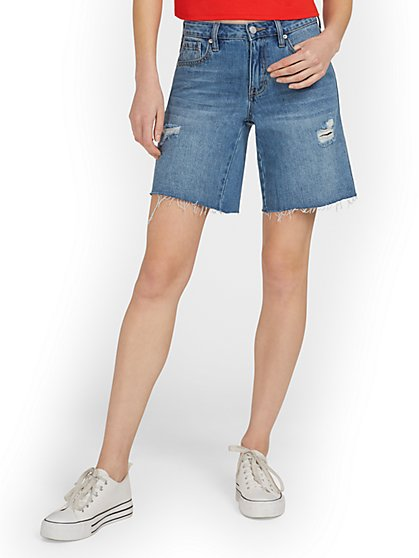 High-Waisted Dream Boyfriend 9-Inch Short - New York & Company