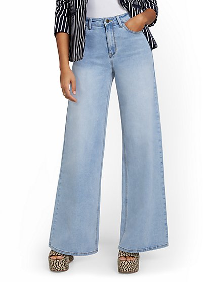 High-Waisted Extreme Wide-Leg Jeans - New York & Company