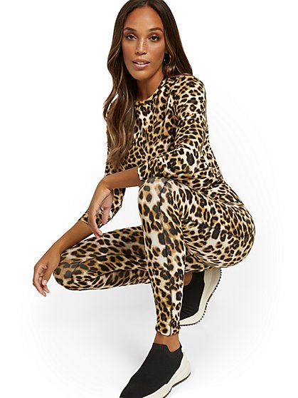 High-Waisted Leopard-Print Pocket Legging - New York & Company