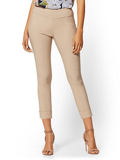High-Waisted Pull-On Crop Pant - New York & Company