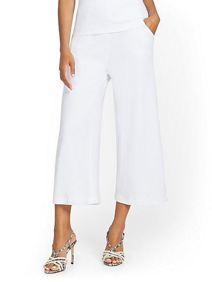 High-Waisted Pull-On Wide-Leg Capri Pant - City Knits - New York & Company