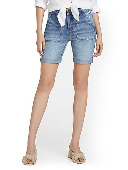 High-Waisted Rolled-Hem 7-Inch Short - New York & Company