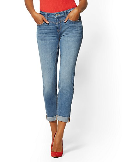 High-Waisted Slim Boyfriend Jeans - Indigo - New York & Company