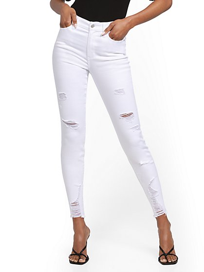 High-Waisted Slimming No Gap Super-Skinny Ankle Jeans - White - New York & Company