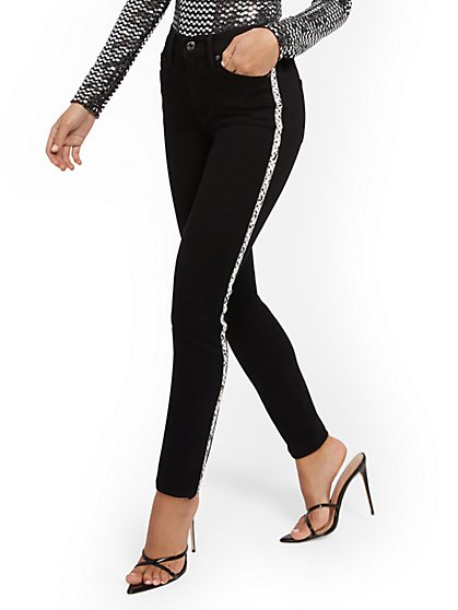 High-Waisted Super-Skinny Jeans - Contrast Trim - New York & Company