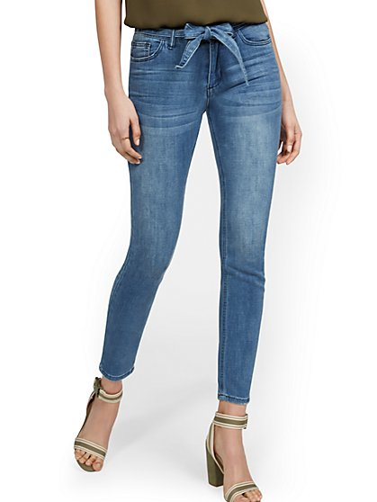 High-Waisted Tie-Front Skinny Ankle Jeans - Medium Blue Wash - New York & Company