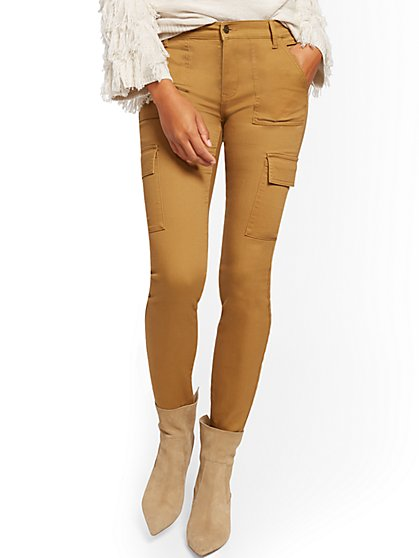High-Waisted Twill Cargo Pant - New York & Company