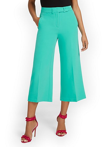 High-Waisted Wide-Leg Capri Pant - New York & Company