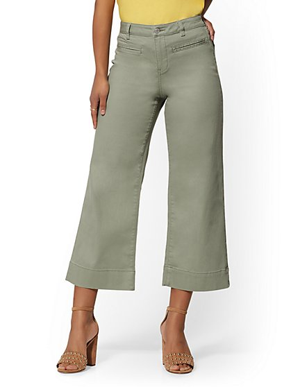 High-Waisted Wide Leg Crop Jeans - Green - New York & Company