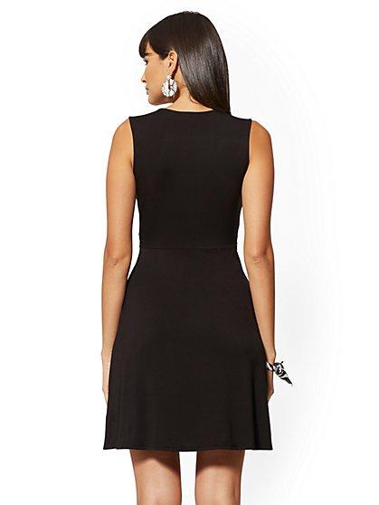 18f27eb46df9 ... Knit Twist Dress - NY&C Style System - New York & Company