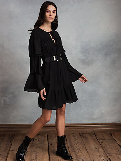 LaTrois Tiered Sleeve Dress with Recycled Polyester - New York & Company