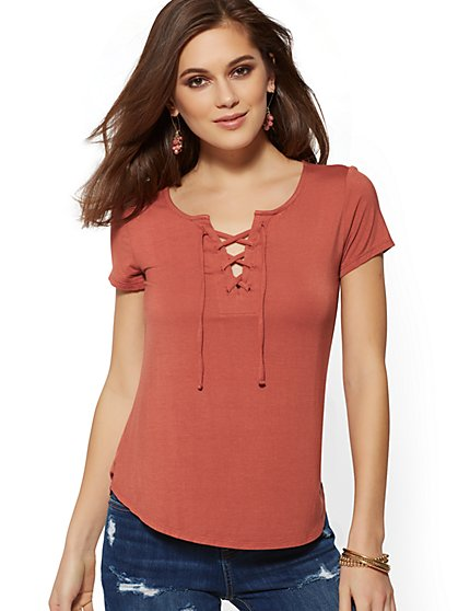 Lace-Up V-Neck - Soho Soft Tee - New York & Company