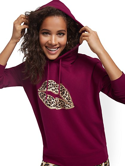 Leopard-Print Lips Graphic Hooded Sweatshirt - New York & Company
