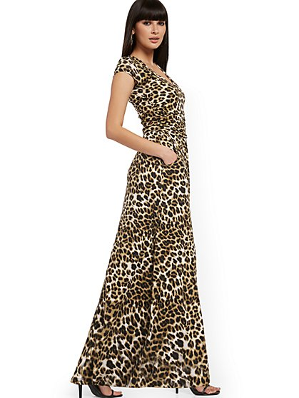 Leopard-Print Ruched V-Neck Maxi Dress - NY&C Style System - New York & Company