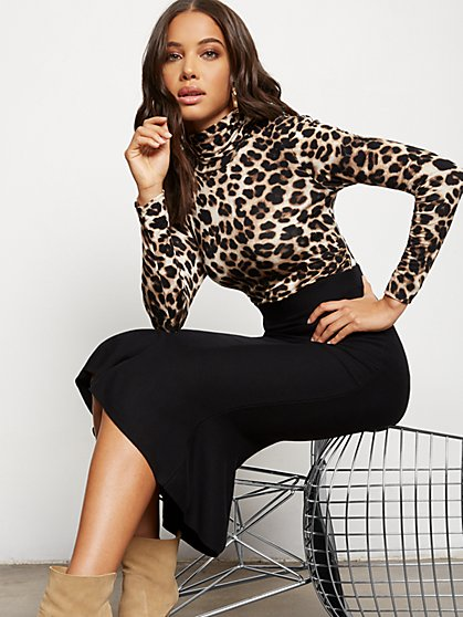 Leopard-Print Shirred Turtleneck Top - 7th Avenue - New York & Company