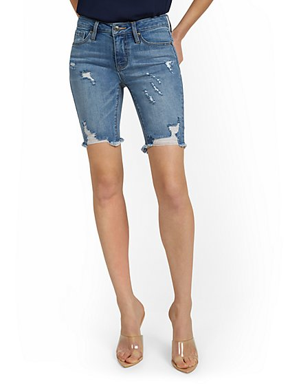 Lexi Mid-Rise 9-Inch Short - Blue Wash - New York & Company