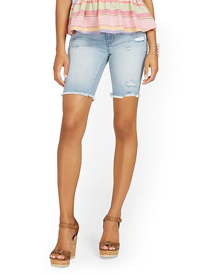 Lexi Mid-Rise 9-Inch Short - New York & Company
