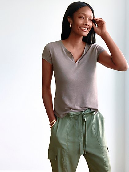 Linen-Blend Split-Neck Tee - New York & Company