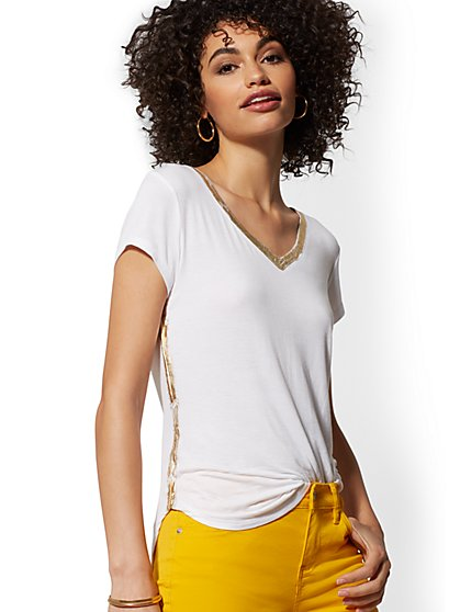 Metallic-Trim V-Neck Top - Soho Soft Tee - New York & Company