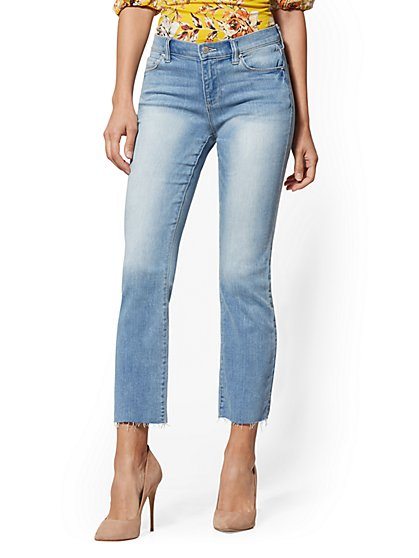 Mid-Rise Demi Bootcut Jeans - Pearl Blue - New York & Company