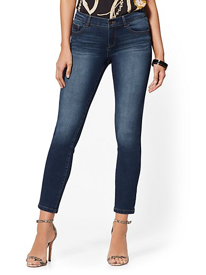 Mid-Rise Dynamic 360° Stretch Super-Skinny Jeans - Indigo - New York & Company
