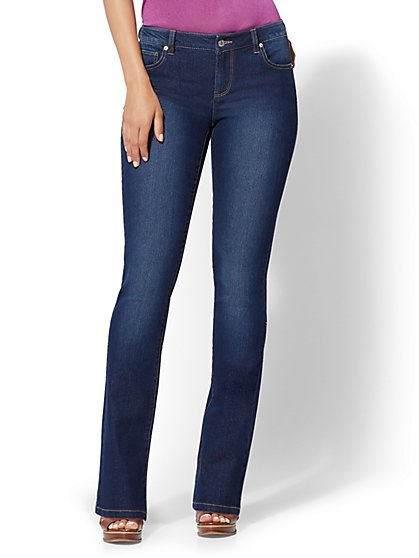Mid-Rise Essential Stretch Bootcut Jeans - New York & Company