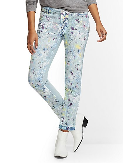 Mid-Rise Paint-Splattered Boyfriend Jeans - New York & Company
