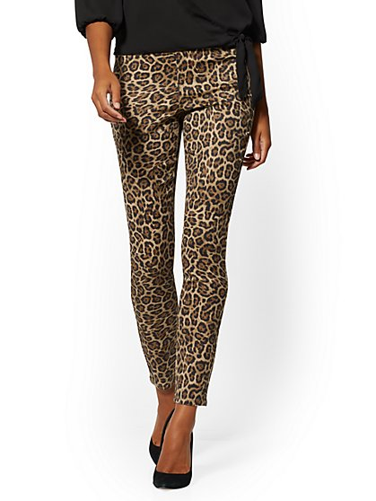 Mid-Rise Pull-On Legging - Cheetah Print - New York & Company