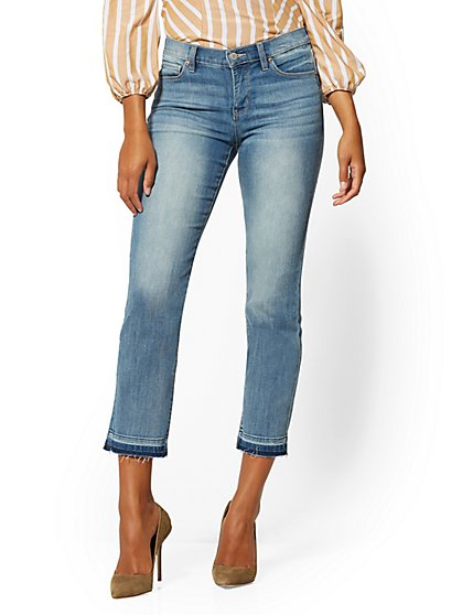 Mid-Rise Released-Hem Slim Straight-Leg Jeans - Sunshine Blue - New York & Company