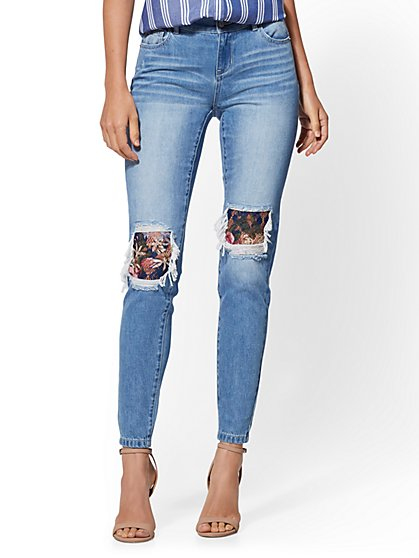 Mid-Rise Rip & Repair Super-Skinny Jeans - Medium Blue - New York & Company