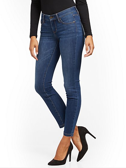 Mid-Rise Shaping No Gap Super-Skinny Jeans - Medium Blue - New York & Company