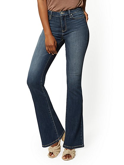 Mid-Rise Slim Bootcut Jeans - Blue Oasis - New York & Company