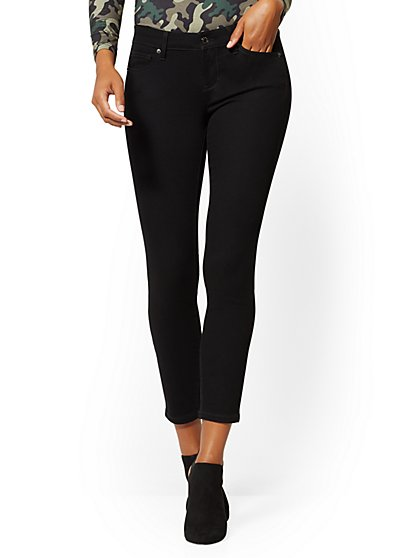 Mid-Rise Slimming No-Gap Super-Skinny Ankle Jeans - Black - New York & Company