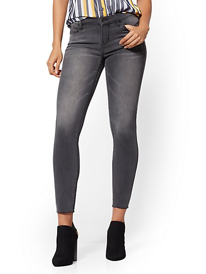 Mid-Rise Super-Skinny Ankle Jeans - Grey - New York & Company