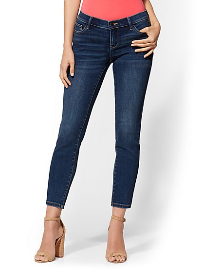 Mid-Rise Super-Skinny Ankle Jeans - Vintage Blue Wash - New York & Company
