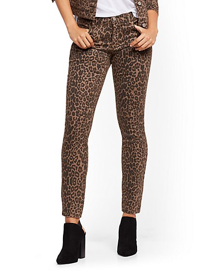 Mid-Rise Super-Skinny Jeans - Cheetah Print - New York & Company