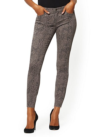Mid-Rise Super-Skinny Jeans - Snake Print - New York & Company