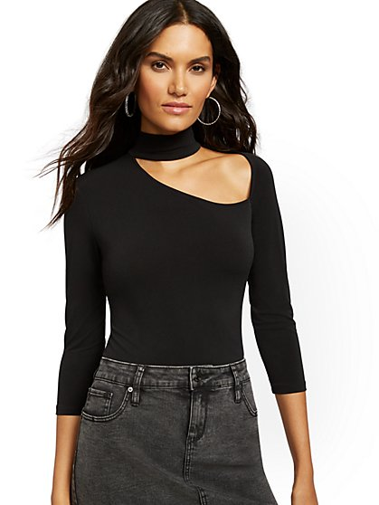Mock-Neck Cutout Top - New York & Company