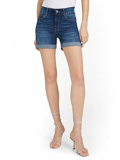 Mya Curvy High-Waisted Sculpting No Gap 5-Inch Short - Hamilton Wash - New York & Company