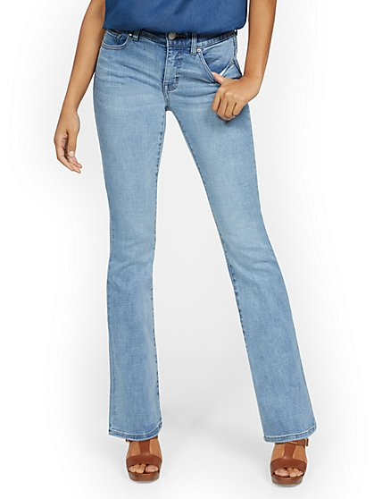 Mya Curvy High-Waisted Sculpting No Gap Barely Bootcut Jeans - Light Wash - New York & Company