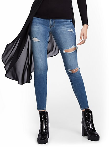 Mya Curvy High-Waisted Sculpting No Gap Super-Skinny Ankle Jeans - New York & Company