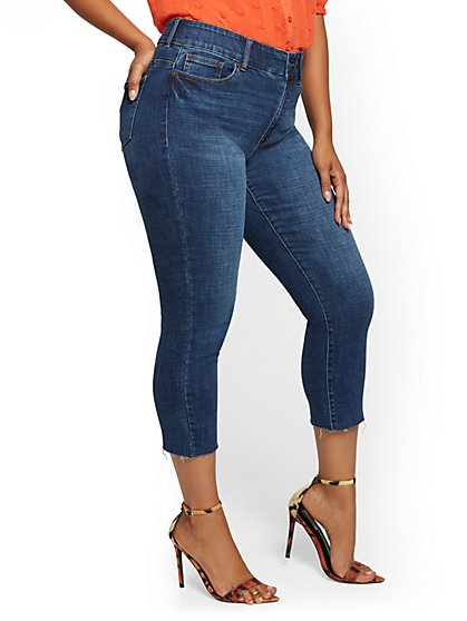 Mya Curvy High-Waisted Sculpting No Gap Super-Skinny Capri Jeans - Limelight Blue - New York & Company