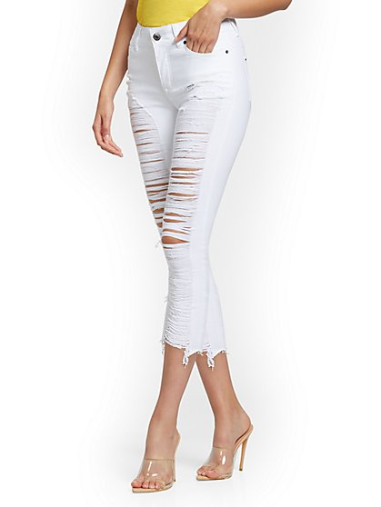 Mya Curvy High-Waisted Sculpting No Gap Super-Skinny Capri Jeans - White - New York & Company