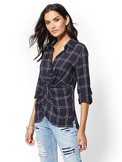 Navy Plaid Hi-Lo Twist Shirt - New York & Company