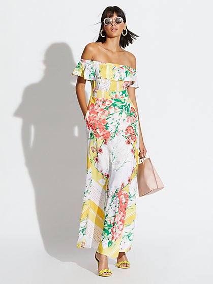 091486dfbbe Off-The-Shoulder Maxi Dress - New York   Company ...