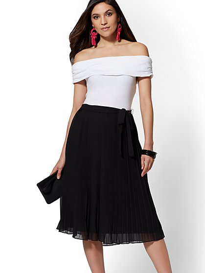 Off-The-Shoulder Pleated Dress - New York & Company