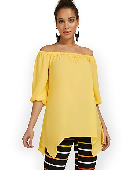 Off-The-Shoulder Sharkbite Tunic Top - New York & Company