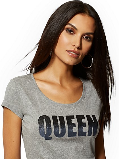 "Ombre Glitter-Finish ""Queen"" Graphic Tee - New York & Company"