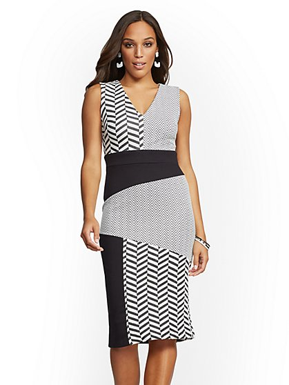 Petite Black & White Chevron-Print Sheath Dress - New York & Company
