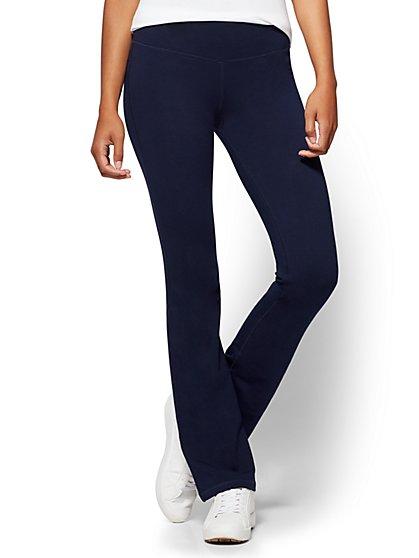 2c5b02fc0d33 Petite Bootcut Yoga Pant - New York   Company ...